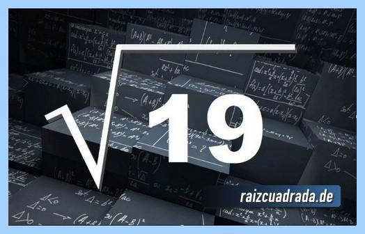 Como se representa frecuentemente la operación matemática raíz cuadrada del número 19