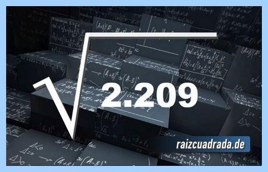 Como se representa matemáticamente la raíz cuadrada del número 2209