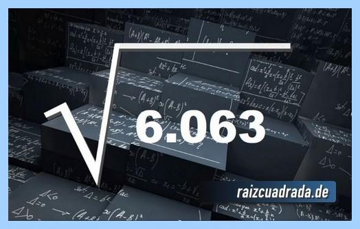 Como se representa matemáticamente la operación matemática raíz de 6063