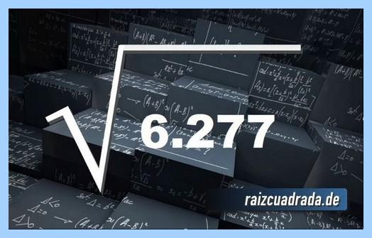 Forma de representar matemáticamente la raíz de 6277