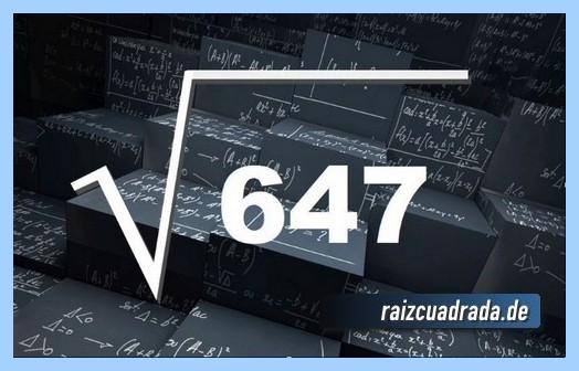 Como se representa habitualmente la operación raíz cuadrada del número 647