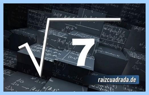 Forma de representar matemáticamente la raíz cuadrada de 7